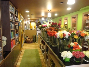 shops with spa products and flowers