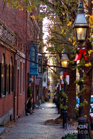 Every Beacon Hill street is like this-pinterest